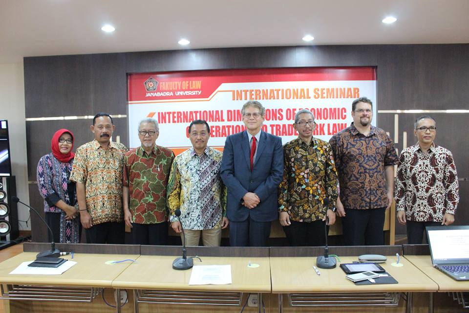 INTERNATIONAL SEMINAR: INTERNATIONAL DIMENSIONS OF ECONOMIC COOPERATION AND TRADEMARK LAW